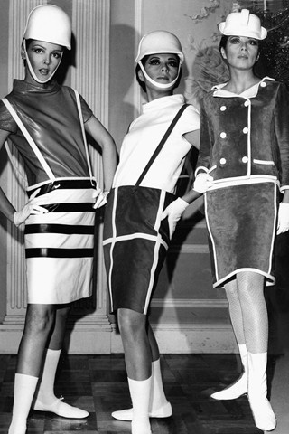 André Courrèges futuristic 60s fashion models