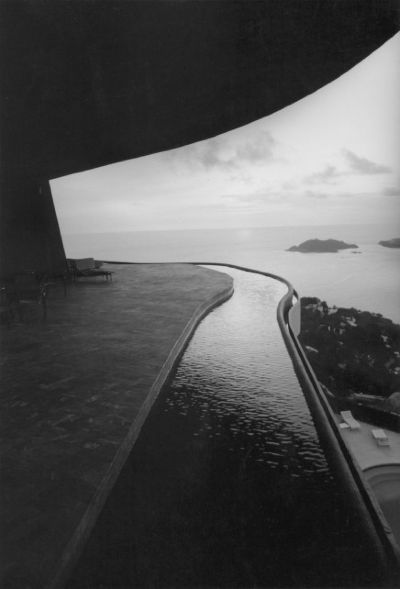mexico,acapulco,john lautner,modern,techno-optimism, drive-in, freeway, Cadillac tail fin, hilltop houses,architecture,arquitectura,california,formidablemag,modernism, design,diseño