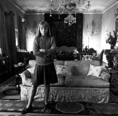 diane arubus - young penelope tree in her living room