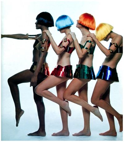 André Courrèges cat walk models color photo