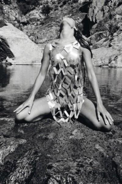 jean clemmer-moda on the beach model posing