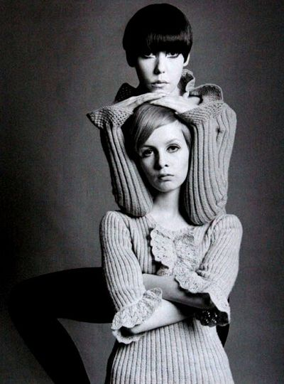 models peggy moffit and twiggy sitting for a fashion shooting