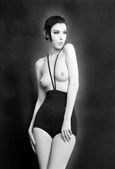 Model Peggy Moffit photographed by William Claxton wearing Gernreich's monokini