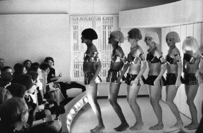 André Courrèges cat walk model futuristic style 60s