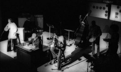 1972.-Show-Encontro-no-Teatro-da-PraiaMarilia-Medalha-Vinicius-de-Moraes-e-Toquinho-acomapanhados-pelo-Trio-Mocoto