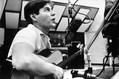 Antonio-Carlos-tom-Jobim recording at the studio