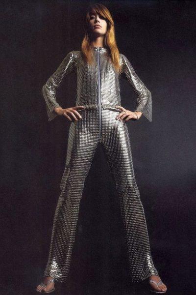 francois-hardy-en-combi-metallique-par-Paco-Rabbane-1968.jpg-tt-width-590-height-885-bgcolor-ffffff