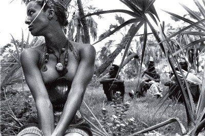 Peter Beard fashion shooting on the jungle