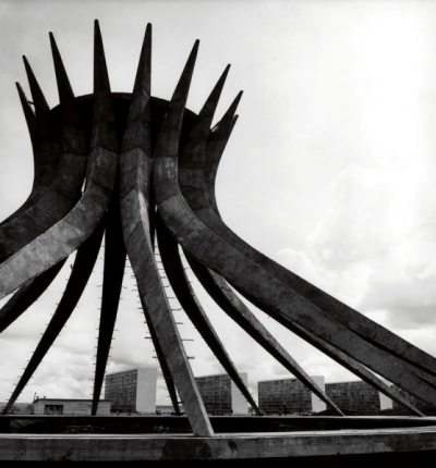 OSCAR Niemeyer cathedral brasillia