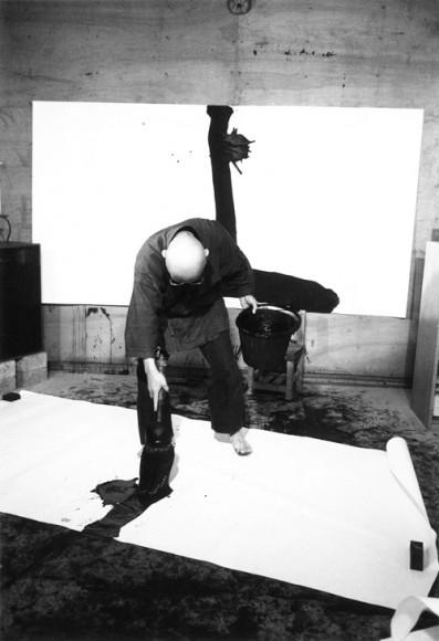 inoue yuichi at work in his studio