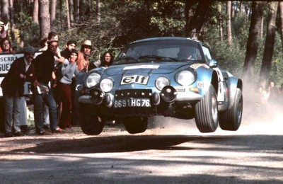 RENAULT ALPINE A110 in mid air