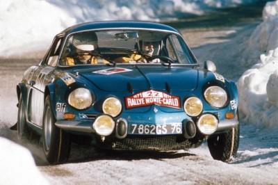 RENAULT ALPINE A110 motercarlo rallye on the snow