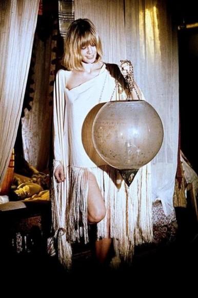 Anita pallemberg on the set of film performance boho decor and interior