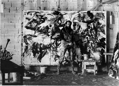 Emilio Vedova working in his studio