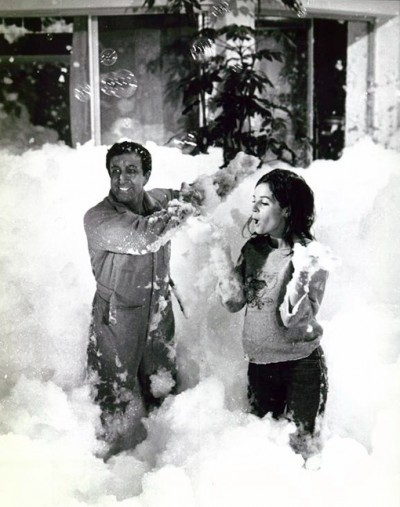 film The party blake edwards peter sellers claudine pool foam scene