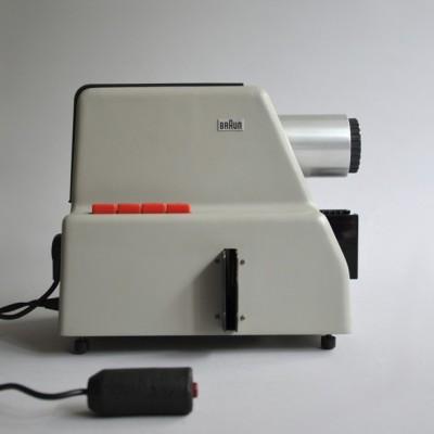 Dieter Rams design industrial proyector