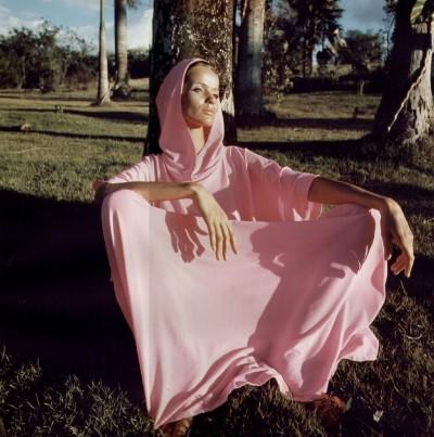 Veruschka pink hooded kaftan