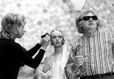 1971, Twiggy and director Ken Russell, on the set of The Boy Friend.