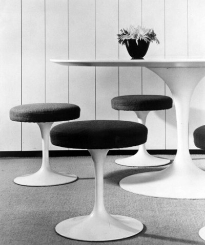 Eero Saarinen table and matching chairs