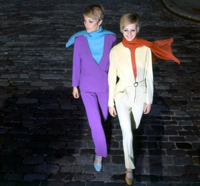 Sara Crichton-Stuart and Twiggy, wearing pantsuits by Simon Massey,1966.