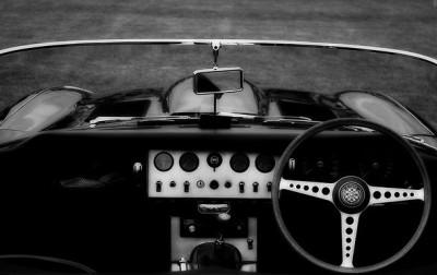 jaguar e type vintage magazine ad 70s steering wheel