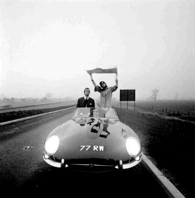 formidablemag-.jpg-jaguar-e-type-Brian Duffy