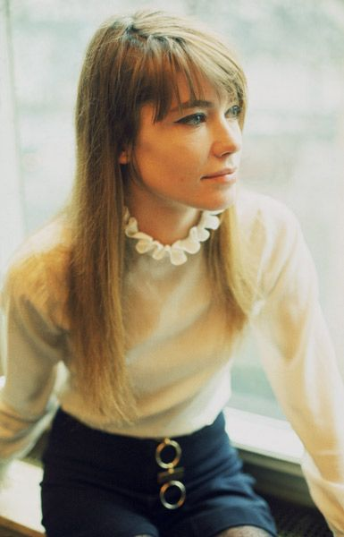 FRANÇOISE HARDY - FORMIDABLE MAG - Music & Style Icon