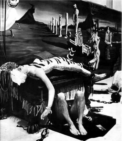 _Dali_15_formidablemag_ World's Fair Salvador Dalí's pavilion, Dream of Venus Read more