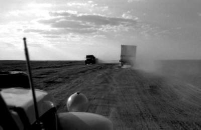 nicolas bouvier turquey dusty road