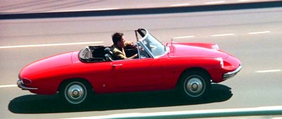 dustin hoffman drivung an alfa romeo duetto in the film the graduate