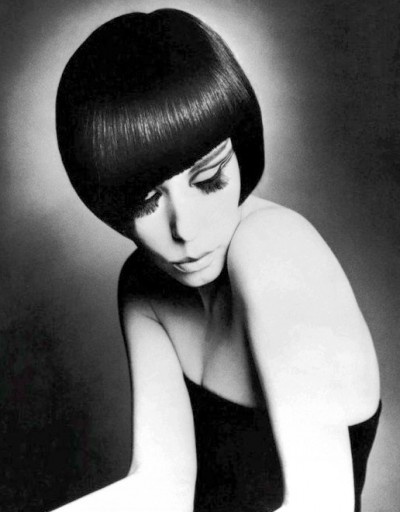 peggy moffitt sponting a vidal sassoon cut