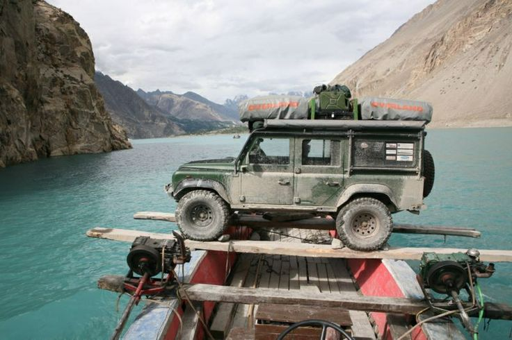 LAND ROVER - FORMIDABLE MAG - Iconic cars