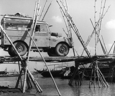 land-rover-discovery-1955-first-overland-expedition-01
