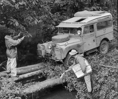 land-rover-discovery-1955-first-overland-expedition-08