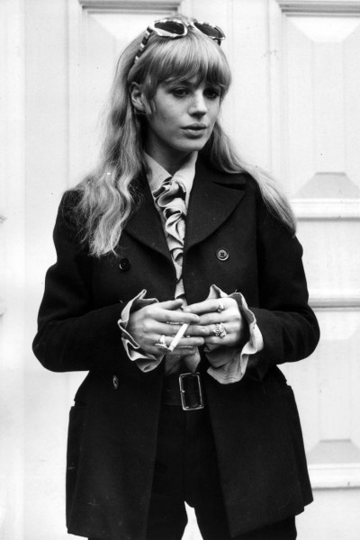 marianne faithful,60s style icon, rock,formidable magazine ,actress,pop music,musique, chica yeye