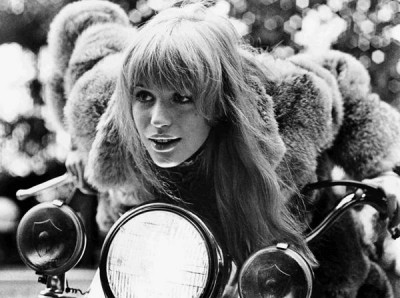 Marianne-Faithfull-Jonathan-Caouette,60s style icon, rock,formidable magazine ,actress,pop music,musique, chica yeye