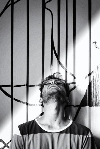 jesus moreno yes fotografiado por fotografo juan barte en su estudio de madrid retrato
