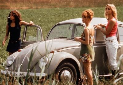 uschi obermeier red sone volkswagen beetle scene