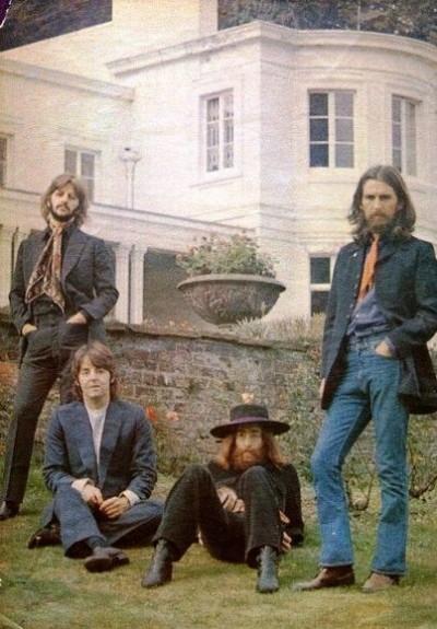 01_The-Beatles-Last-Photo