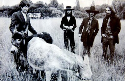 27_The-Beatles-Last-Photo-Shoot-August-1969-24