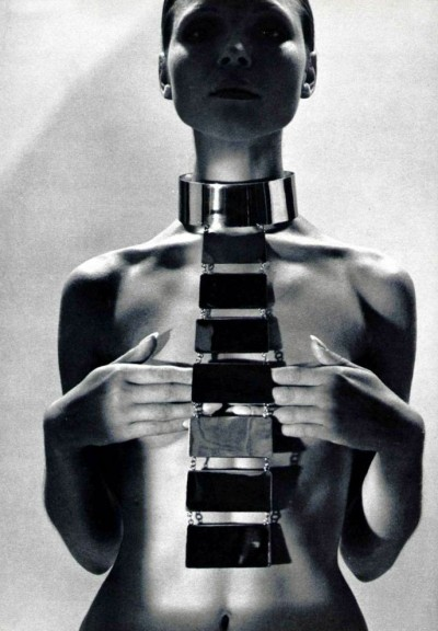 1969 metallic necklace by Pierre Cardin Photo by Roland Bianchini