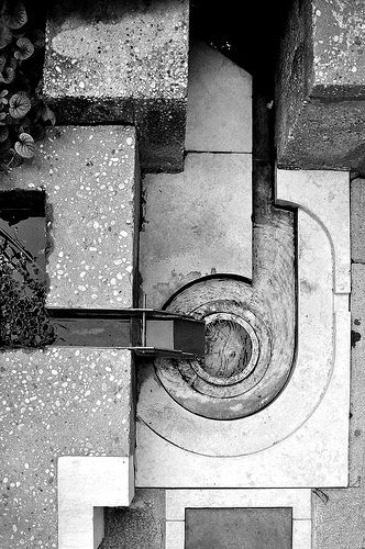 fountain designe by architect carlo scarpa