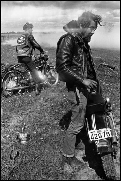 DANNI LYON photography bikeriders USA. Elkhorn, Wisconsin. 1965. Zipco.