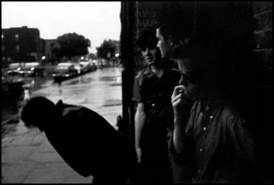 bruce-davidson-usa-brooklyn-gang