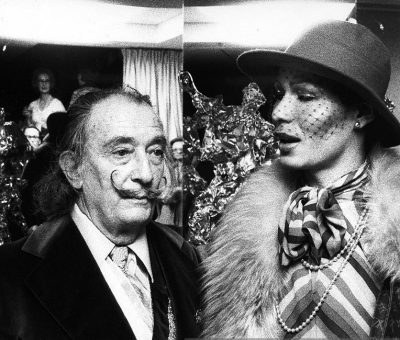 salvador-dali-art-exhibit-1974
