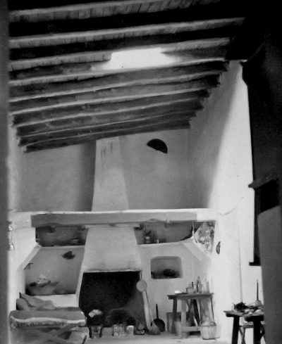 traditional ibiza house inetrior with chimmeney
